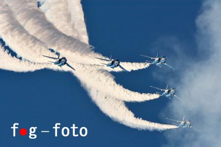 71D_9691 s.jpg